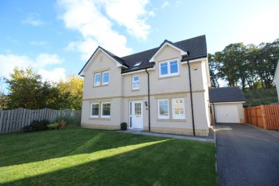 8 Holly Gardens, Inverness